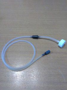 逆止弁・チューブ・エアストーrン・キャップを接続
